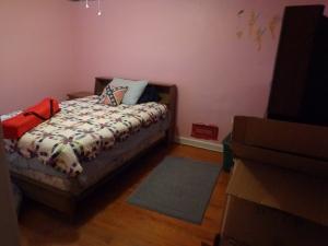 Pink Bedroom Setup