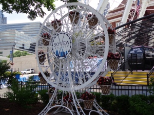 Ferris Wheel Flower Planter 2 - 5-26-16