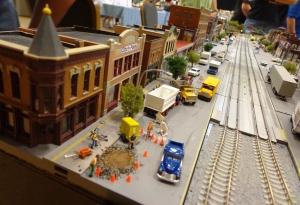 Train Show - N Scale City Street - 7-16-16