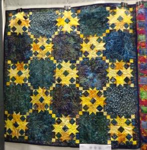 quilt-show-celestial-quilt-hanging