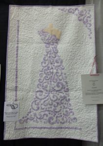 quilt-show-dress-wall-hanging