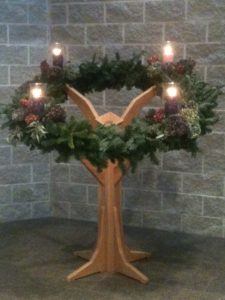 wreath-stand-close-up
