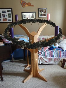 wreath-stand-finished-with-wreath