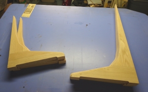 wreath-stand-unstained-feet-11-3-16