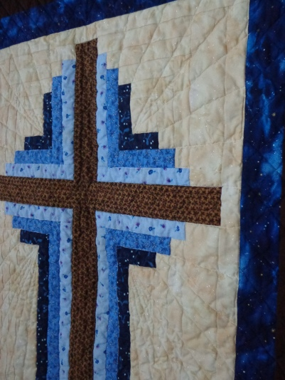 Cross Quilt Hanging Sparkle