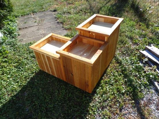 Cedar Bird Bath 5