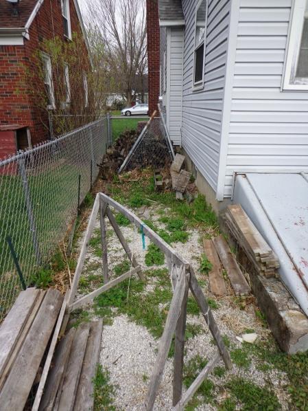 Unused Yard Space 4-21-19