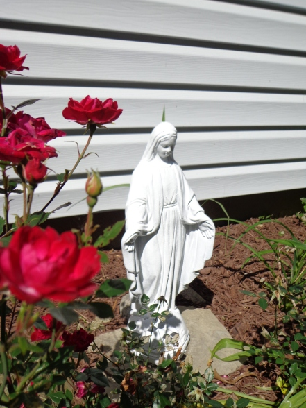 Mary Statue 6-21-19