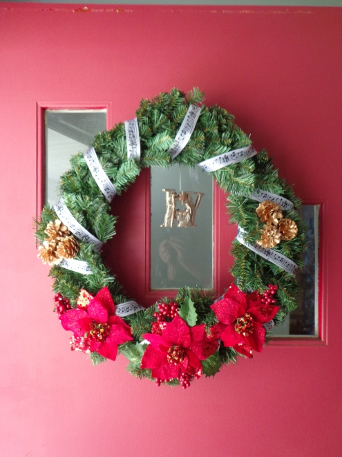 Hanging Christmas Wreath 7-6-19