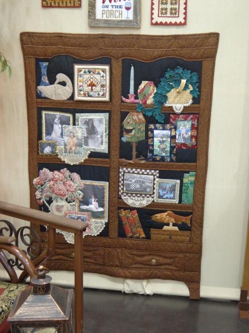 2019 Quilt Show Curio Cabinet